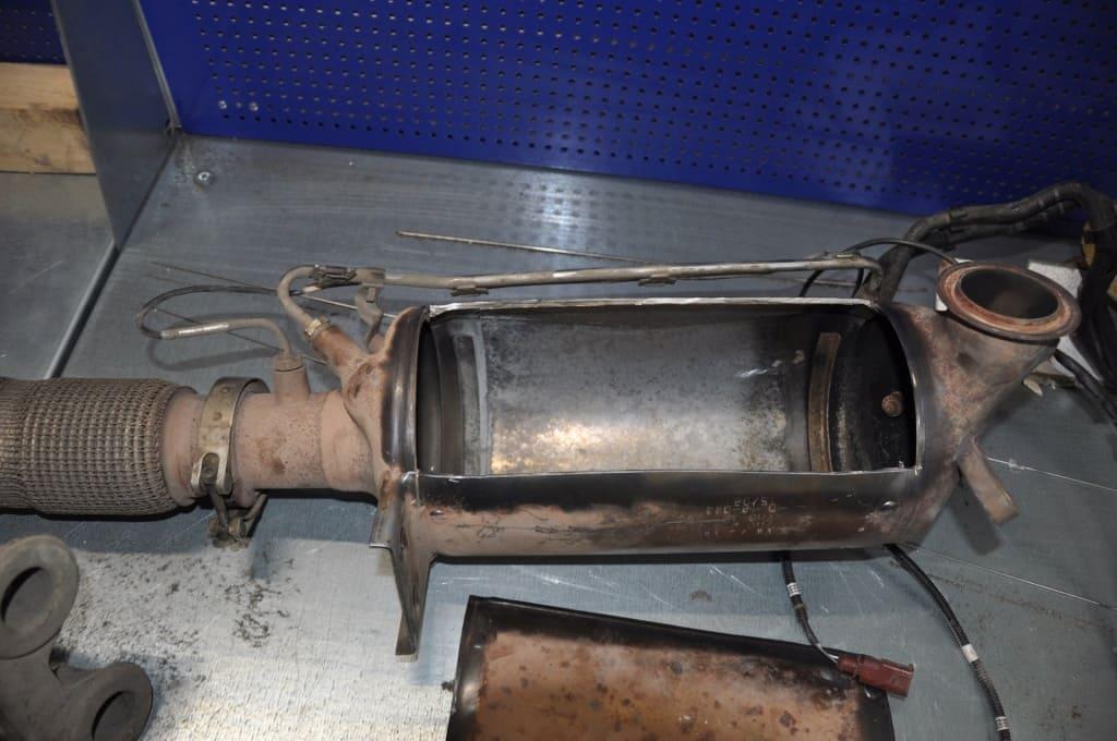 Замена сажевого фильтра Хонда в Тюмени